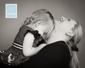 mum-cuddles